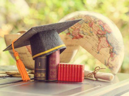 Estudar no estrangeiro Vantagens e desvantagens