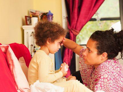 Sintomas de covid-19 e crianças