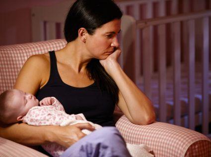 Mulher com depressão pós-parto