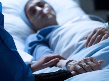 Doente terminal que pode ser alvo de eutanásia