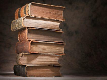 Livros usados antigos