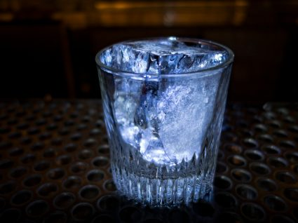 bebidas geladas congelam o cérebro