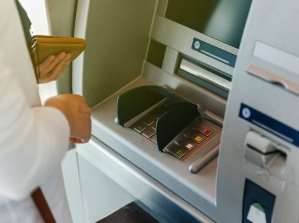 Transferências bancárias