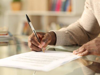 supervisor a assinar rescisão de contrato por iniciativa do empregador