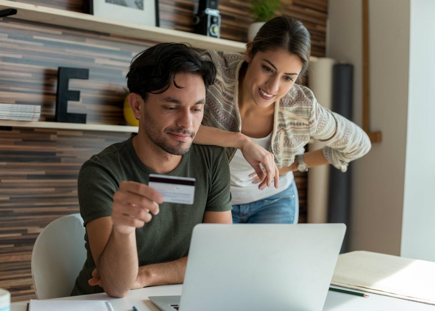 compras online com cartão de débito