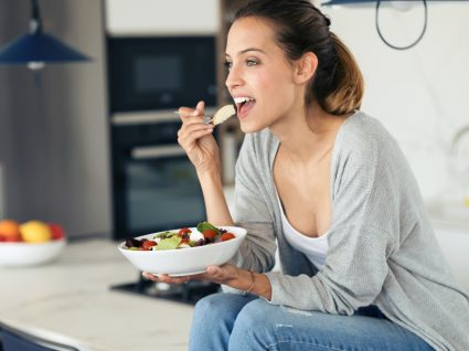 resoluções de ano novo: fazer uma alimentação equilibrada