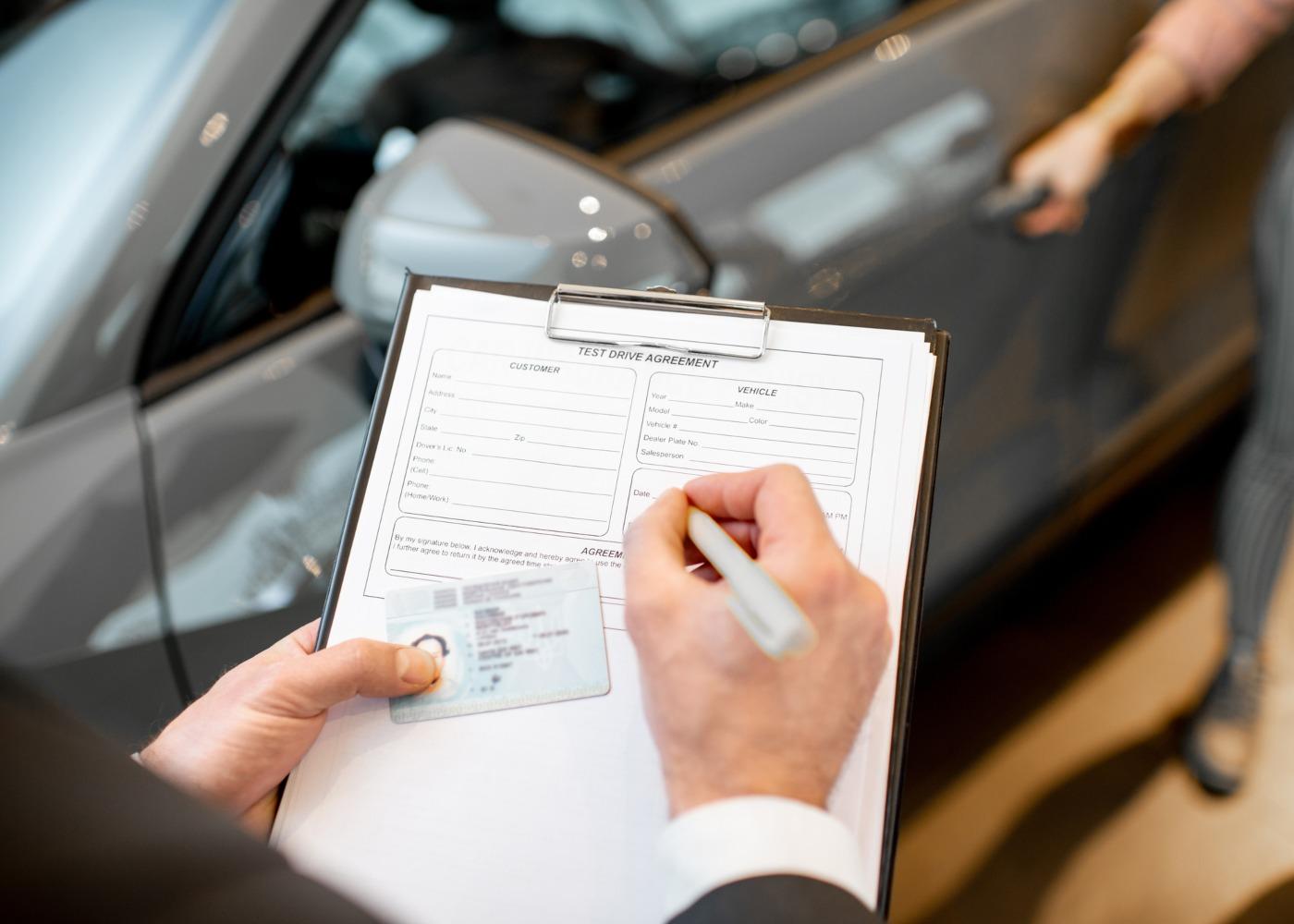 instrutor a renovar carta de condução