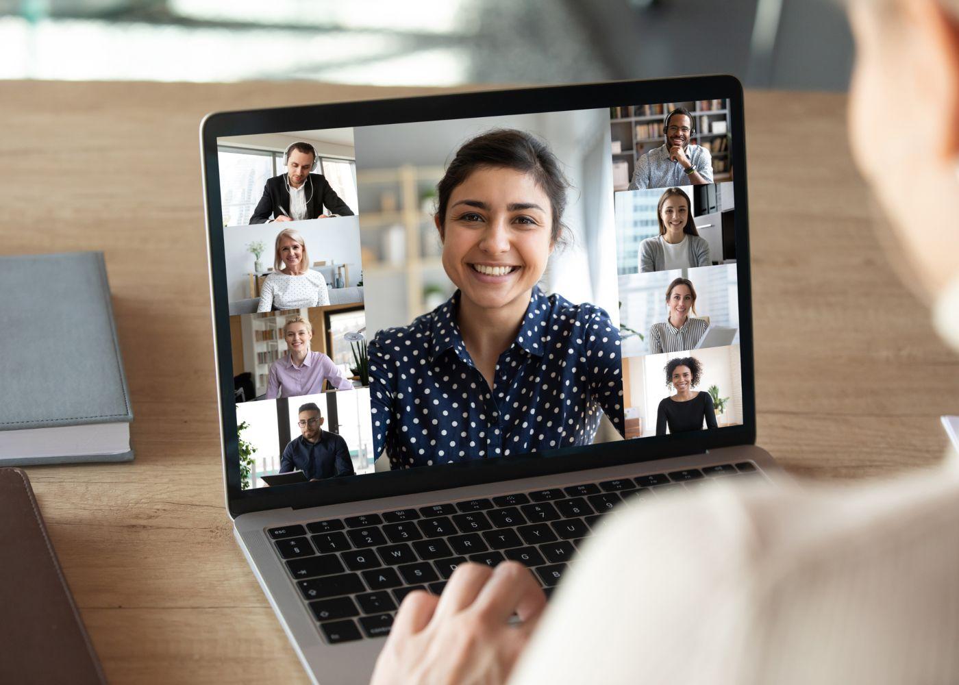 bom ambiente de trabalho em reunião virtual