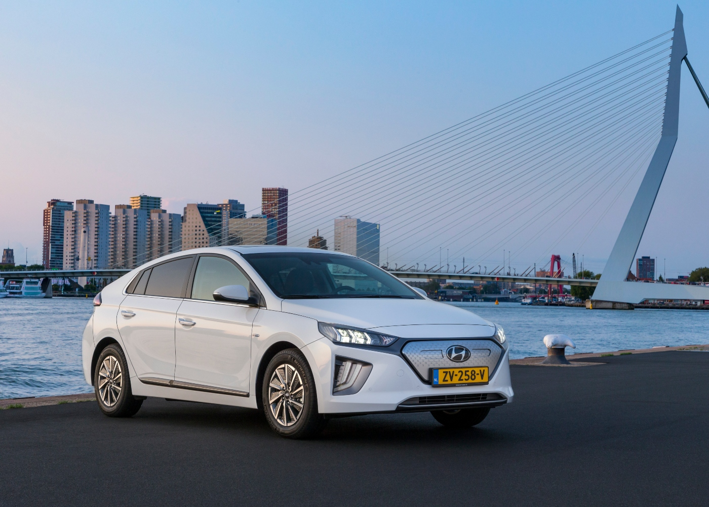 hyundai ioniq electric um dos carros elétricos mais baratos à venda