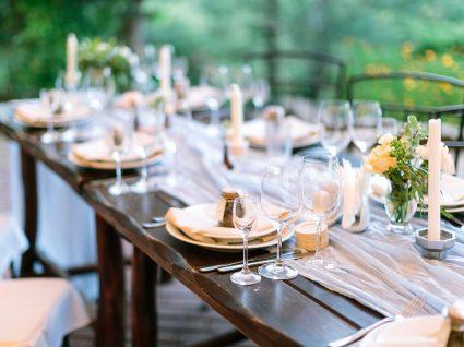 mesa de jantar no exterior