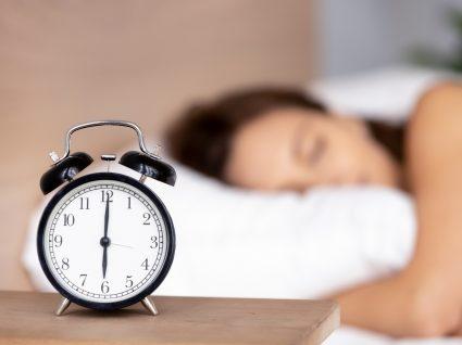 Qunatas horas devemos dormir em média
