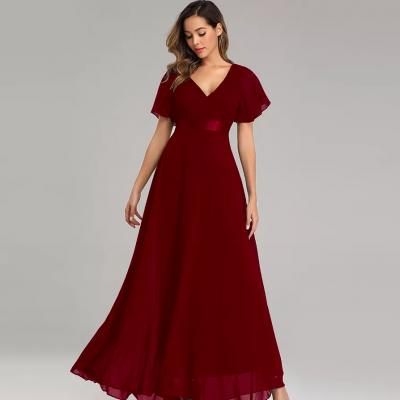 vestido cor de vinho com mangas