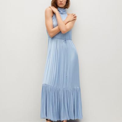 vestido azul bebé plissado