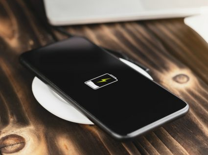 10 maneiras de a bateria do seu telemóvel durar mais