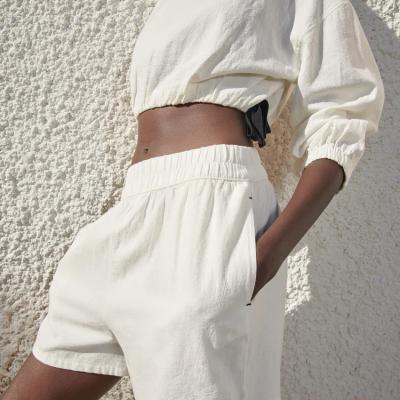 calções brancos
