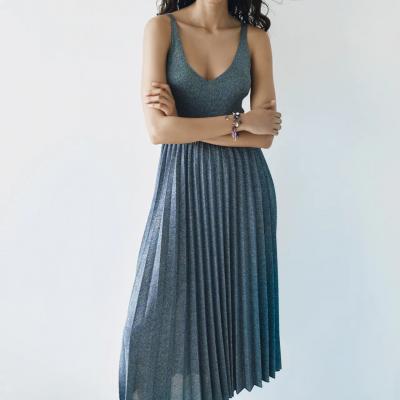 vestido plissado azul zara