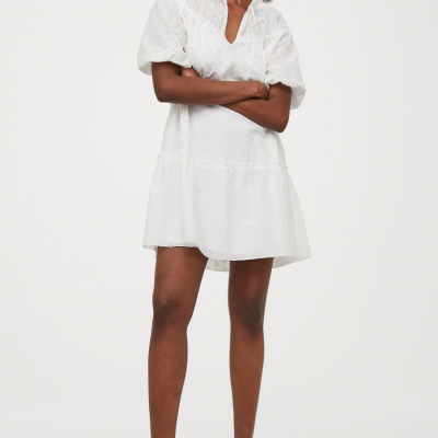 vestido branco em bordado inglês