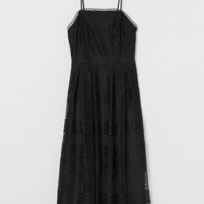 vestido em renda preto