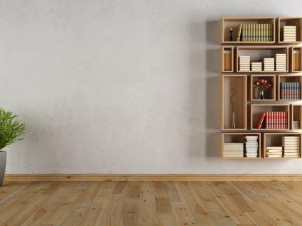 estante de livros na parede