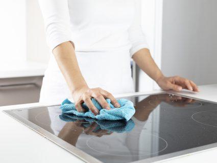Como limpar placa vitrocerâmica