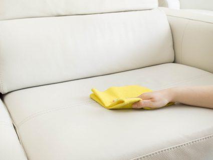 limpar sofá de pele