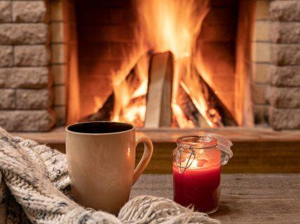 casa quente com lareira acesa