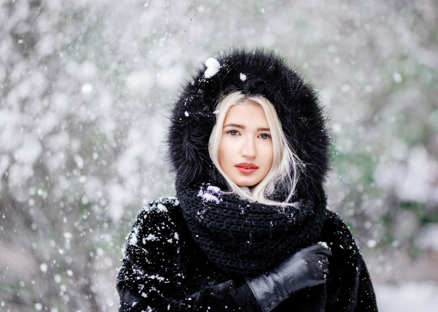 Moda · mulher · compensar · casaco · de · pele · modelo