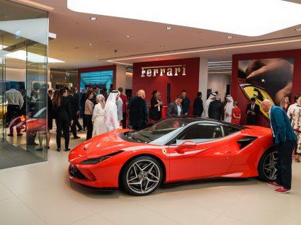 Stand Ferrari Dubai