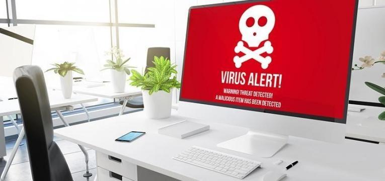 computador com malware