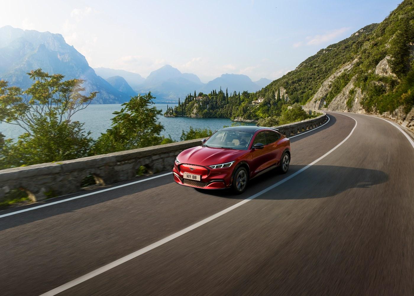 Ford Mustang Mach-E, um dos carros elétricos com maior autonomia