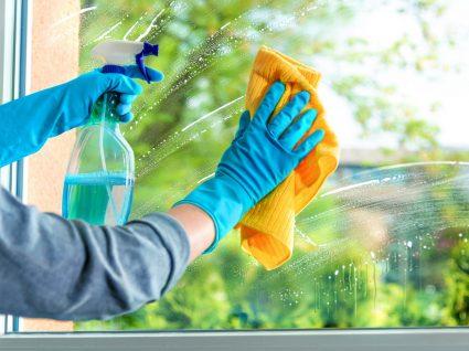 como limpar vidros manchados