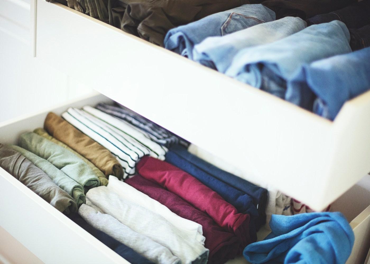 gavetas de roupa organizada