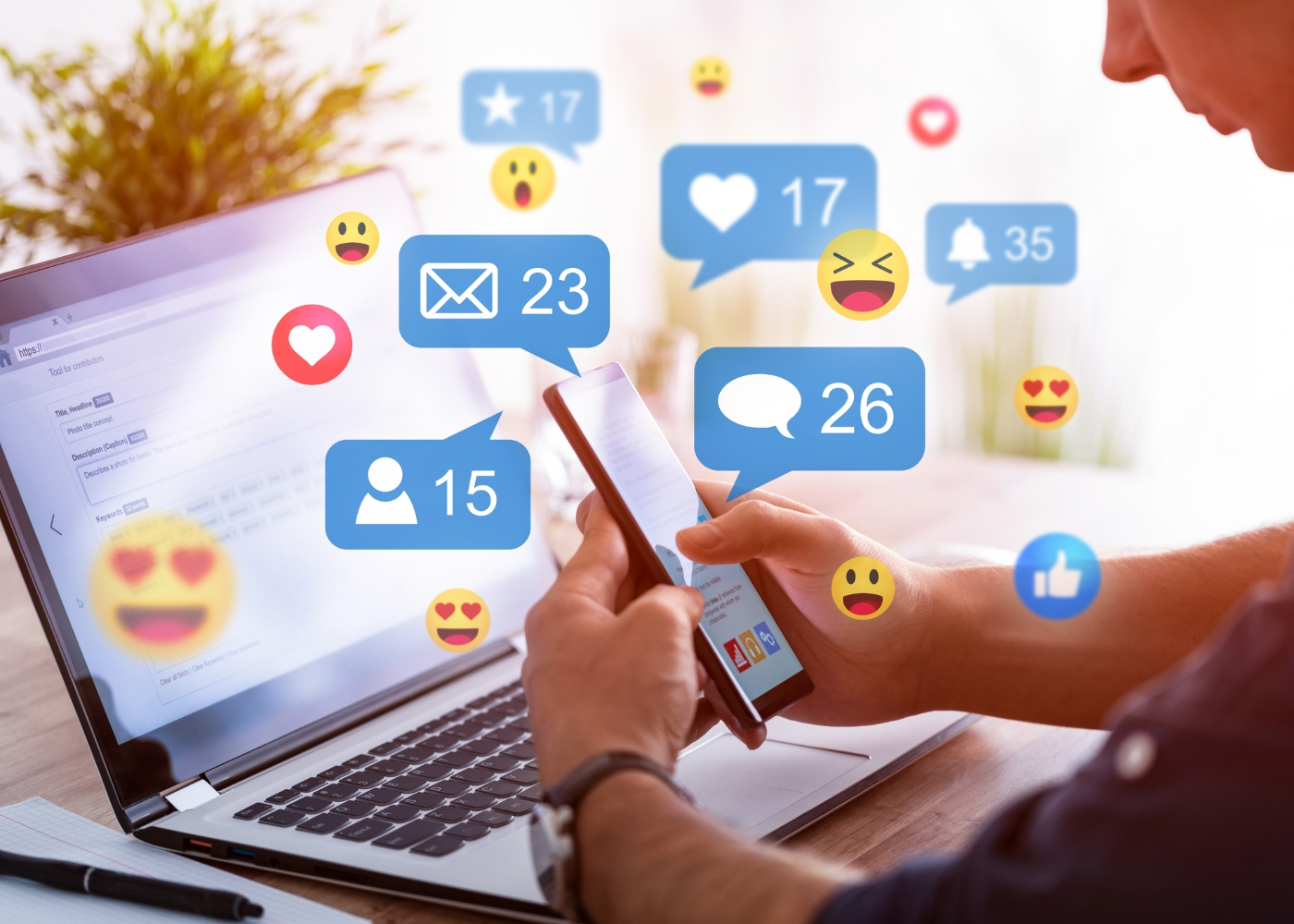 homem em interação em rede social