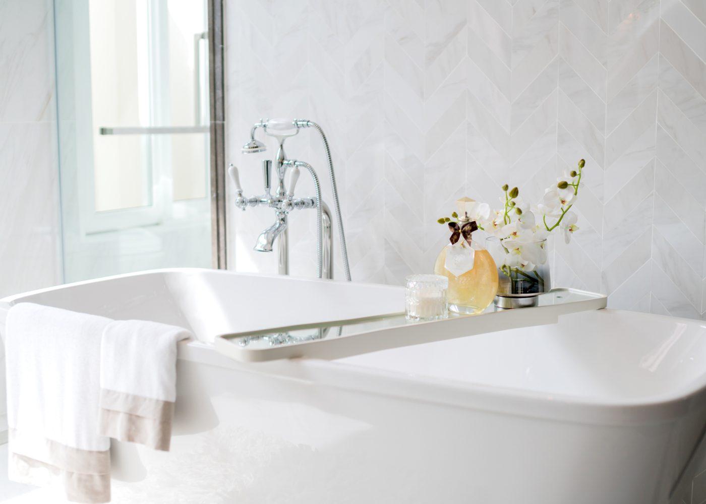 banheira em casa de banho