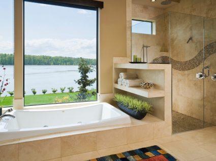 casa de banho com banheira ou poliban