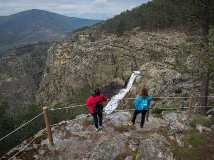 Turistas nas fisgas de ermelo