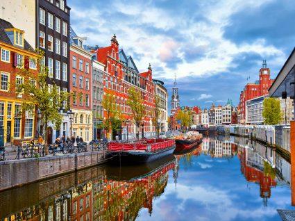 Canal em Amesterdão