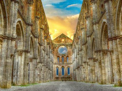 9 deslumbrantes cidades medievais europeias que deve visitar