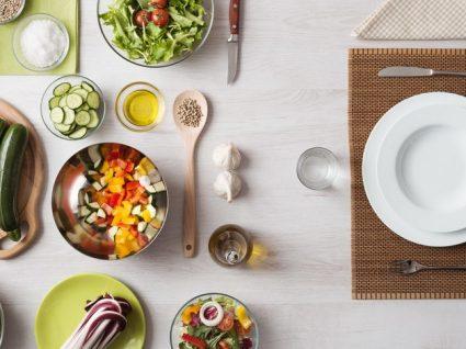 11 alimentos que hidratam o corpo e que deve incluir nas suas receitas