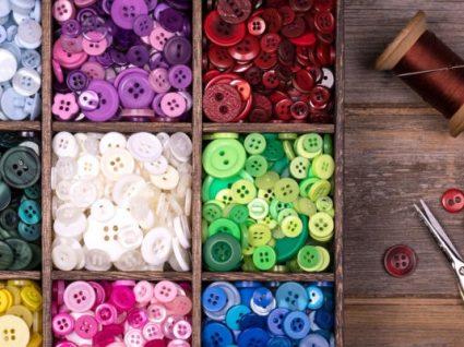 Os botões são tendência (e estas são as peças que vai querer usar)