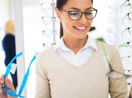 Como escolher os óculos perfeitos: 10 dicas que resultam mesmo