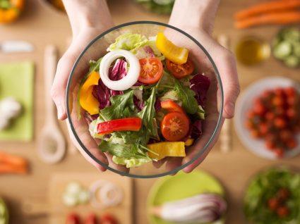 Como comer mais frutas e verduras: todos os truques que precisa saber