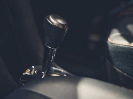 Como conduzir um carro automático: caixa e embraiagem