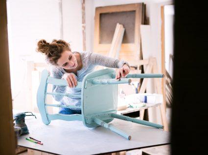 Comprar móveis usados: descubra as vantagens e desvantagens