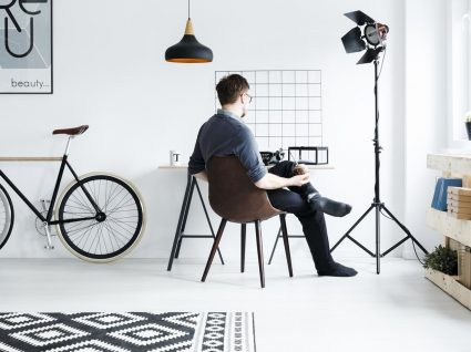Quanto custa mobilar um estúdio? Dicas e produtos para espaços pequenos
