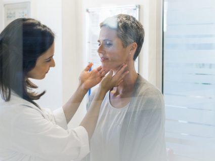 Doenças endócrinas: sintomas e tratamentos das 7 mais comuns