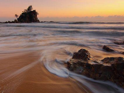 Conheça 10 ilhas na Europa baratas para férias inesquecíveis