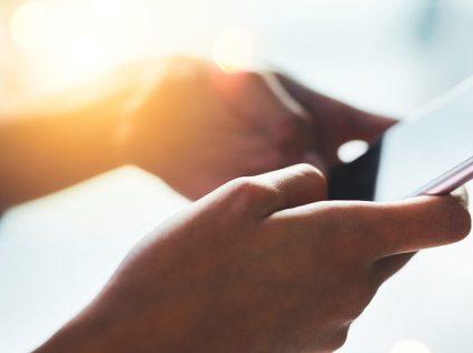 Contactos duplicados no smartphone: como agregar e eliminar