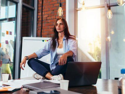 Meditação no trabalho: 7 grandes benefícios