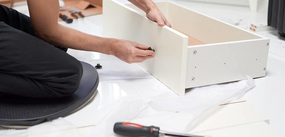 Os 8 erros mais comuns na hora de montar os móveis do IKEA
